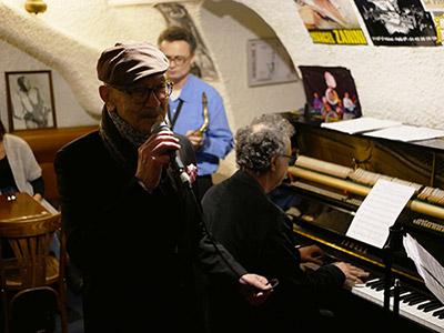 Hayati Kafé avec Ahmet Gülbay et Olivier Defaÿs, Petit Journal St-Michel, 24 janvier 2020 © Jérôme Partage