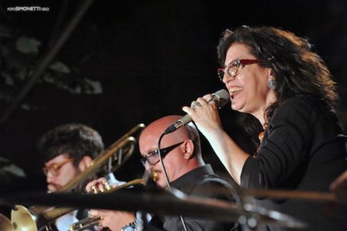 Ada Montellanico © Fabio Botti/Fotos Simonetti, by courtesy of Iseo jazz