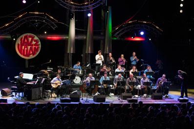 Le Romain Thivolle Big Band à Juan-les-Pins © David Vincendeau