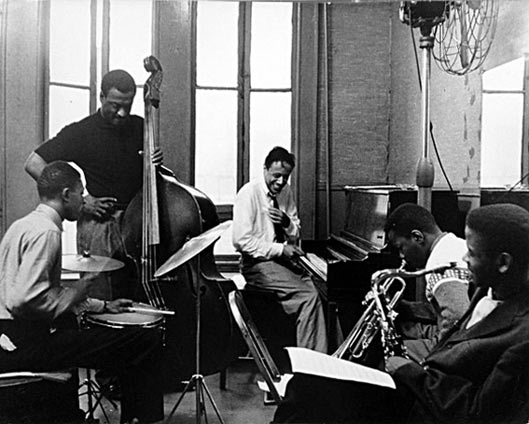 Horace Silver RehearsalRehearsal: Louis Hayes, Gene Taylor, Horace Silver, Blue Mitchell, Junior Cook, c. 1960 © Carol Reiff by courtesy of Louis Hayes (www.louishayes.net)