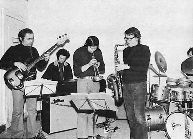 Solis Lacus: Freddie Deronde (b), Michel Herr (clav), Richard Rousselet (tp), Robert Jeanne (ts), Félix Simtaine (dm) © Photo X, Coll. Robert Jeanne by courtesy
