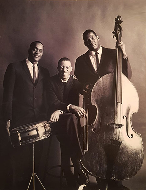 Bobby Few (au centre) Trio avec Raymond Farris (dm) et Cevera Jeffries (b), c. 1955-1960 © photo X, Collect. Bobby et Simone Few by courtesy