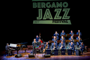 Enrico Pieranunzi, Brussells Jazz Orchestra © foto Gianfranco Rota by courtesy of Bergamoi Jazz