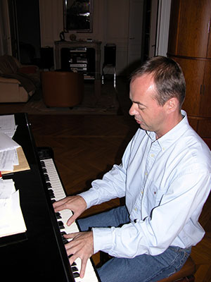 Louis Mazetier at Home, 2004 © Félix Sportis