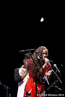 Christian Scott (caché) et Isadora Mendez © Patrick Dalmace