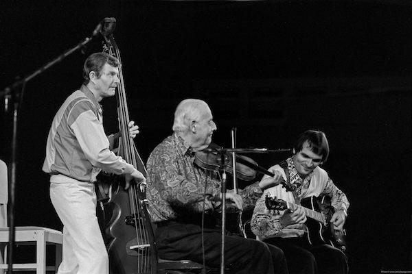 Le trio de Stéphane Grappelli avec Jack Sewing et Marc Fosset, Palais des Beaux-Arts, Bruxelles, 27 novembre 1986 © Jacky Lepage