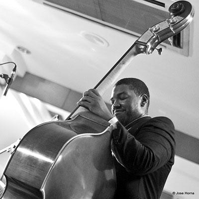 Dezron Douglas, Vitoria Jazz Festival (2007) © José M. Horna
