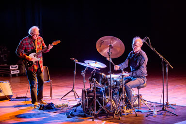 Bill Frisell, Kenny Wollesen © foto Gianfranco Rota by courtesy of Bergamo Jazz