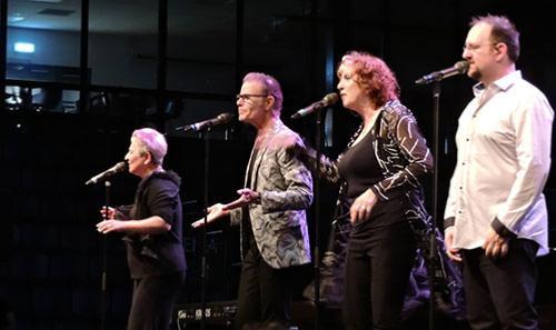 Janis Siegel, Alan Paul, Trist Curless, Cheryl Bentyne © Jérôme partage