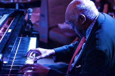 Harold Mabern, au Ginny's, Harlem, 5 mars 2016 © Mathieu Perez