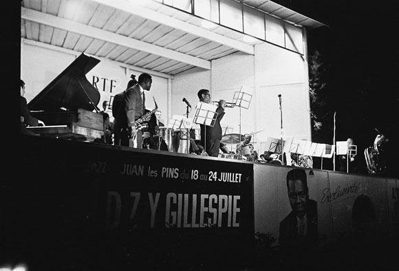 Dizzy Gillespie Orchestra, Antibes, juillet 1962 © Pierre Coulet