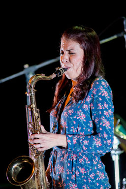 Melissa Aldana © foto Gianfranco Rota by courtesy of Bergamo Jazz